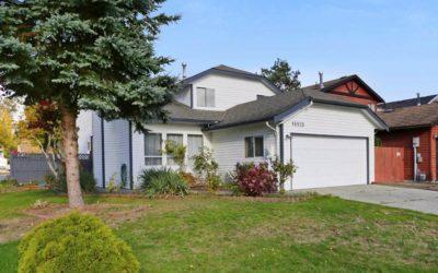 Detached Houses VS Condo Market